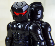 Stryker-Lock-Crossborg-Shadow-CLOSE-WEB-3