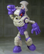 Oktober-toys-skeleton-warriors-onell-design-traveler-skeleden-luminaire-edition-03