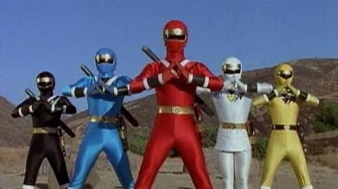 Mighty Morphin Alien Rangers - First Morph and Fight (Power Rangers)