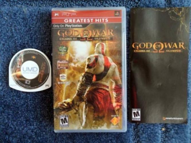 image god of war chains of olympus psp game case manual 5691019 rh godofwar wikia com Sony PSP 2001 Manual PSP AC Adapter Manual