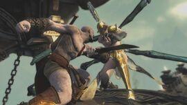 Kratos atacando a Megera