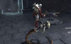 Kratos attacca gorgone oscura