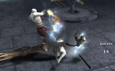 Kratos decapita gorgone oscura