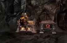 Kratos abriendo un Cofre de Gaia