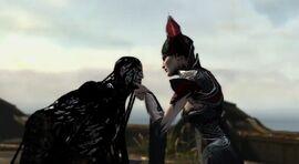 Alecto inmoviliza a Kratos
