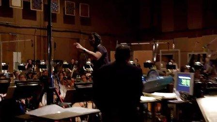 《哥斯拉》音乐特辑 配乐师迪斯普拉讲解配乐创作