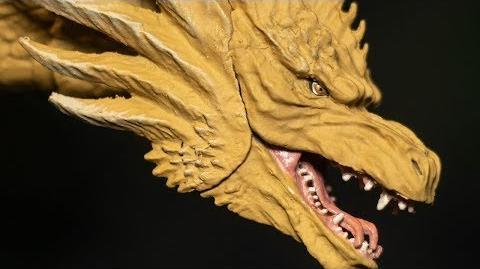NECA vs SHMA Godzilla 2019 Comparisons