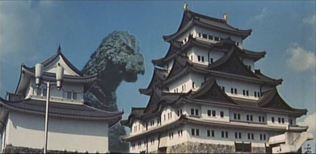 Archivo:MosuGoji vs. Pogodas.jpg