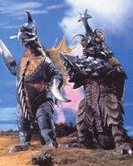 Megalon y Gigan hacen equipo