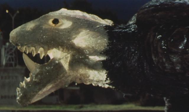 File:Gamera - 5 - vs Jiger - 35 - Shiny Gamera with see-through skin an visible bones.png