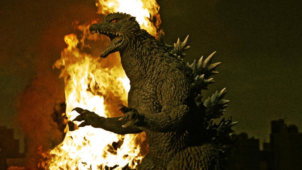 User Blog:Radionatix/Godzilla 2004 Vs.Ultraman King Vs