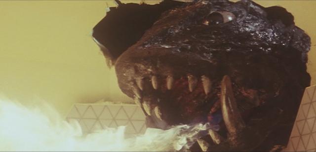 File:Gamera - 4 - vs Viras - 3 - Gamera destroys the ship from inside.png
