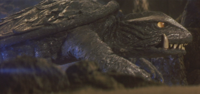 File:Gamera - 5 - vs Jiger - 16 - Gamera gets ready to fly.png