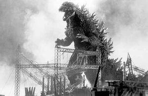 Godzilla 560b
