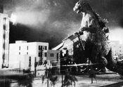 Gojira - Godzilla Destroys a Building