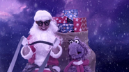 Mr Baffled as Santa Claus with the Fluffalope (The Go!Go!Go! Show, Nick Jr.)