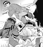 Saichi pelea con el asesino del prisionero