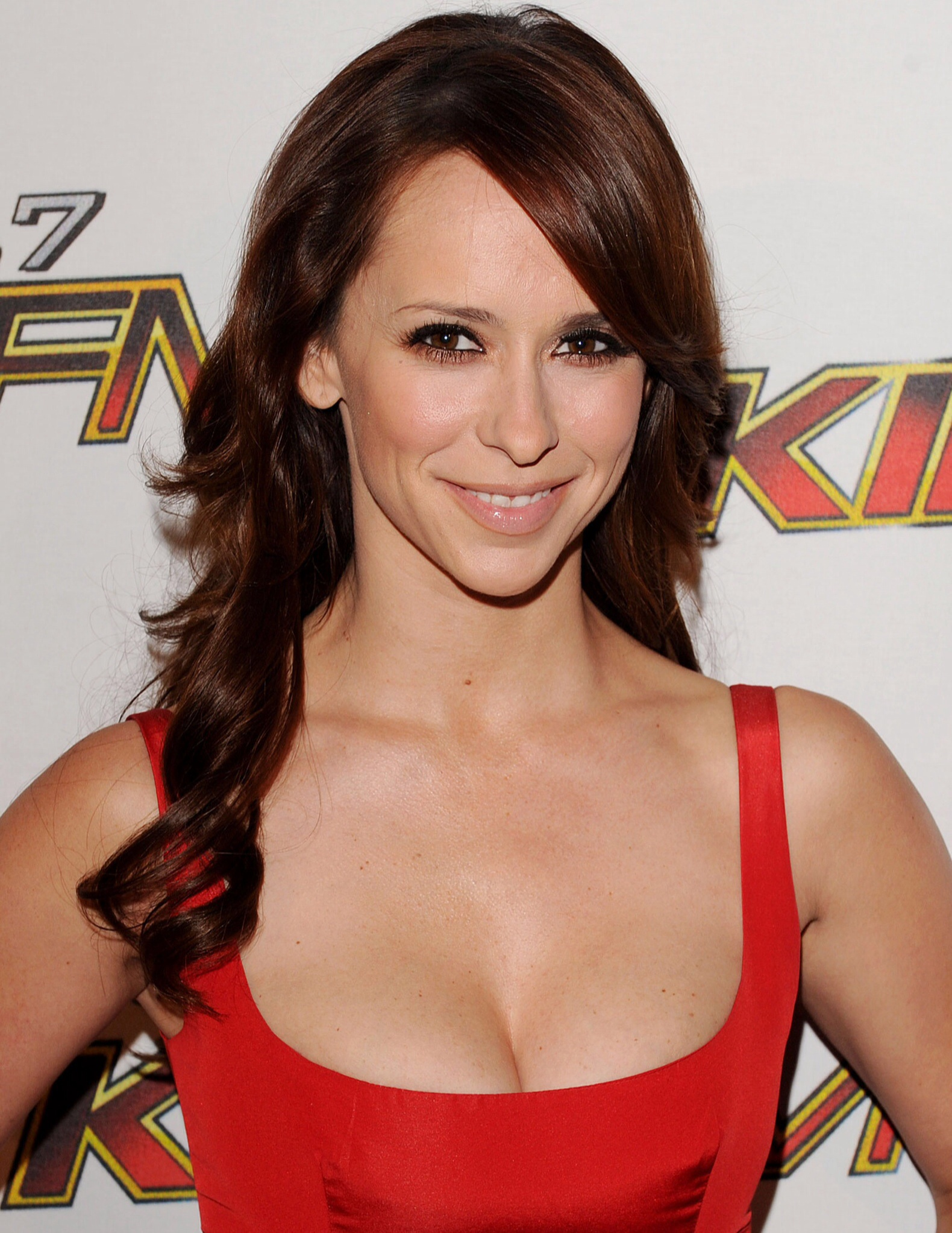 Jennifer of hewitt pictures love