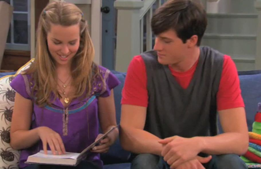 Is Teddy From Good Luck Charlie Dating Spencer