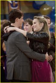 Are teddy and spencer from good luck charlie dating in real life