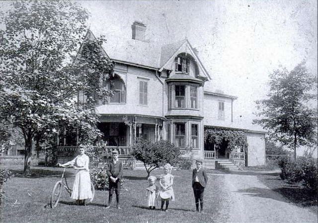 File:Goodwin Children (Early 1900s).png