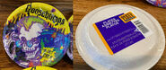 Curly small Paper Plates Party Express in pkg f+b