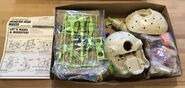 Monster Head Maker inside parts + instructions
