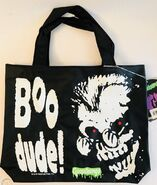Curly Vinyl B&W Pyramid tote bag