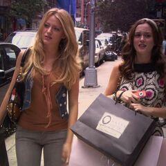 Blair and Serena shopping