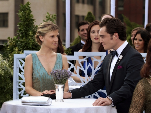 What episode of gossip girl does rufus and lily start dating