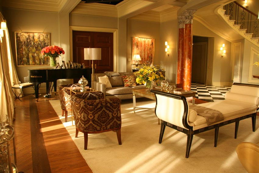 Blair Waldorf's bedroom. I love the wall color.