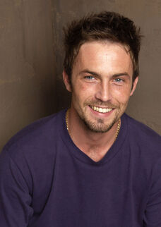 Desmond harrington 001