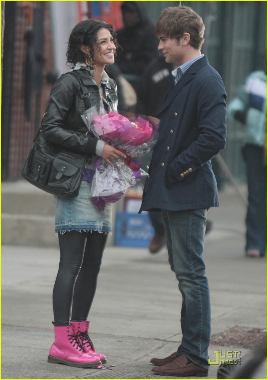 Serena og Nate Start Dating