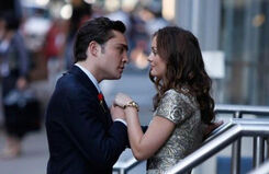CHUCk-and-blair-happy