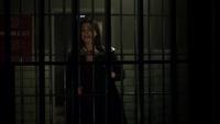 Leslie visiting Jim in prison