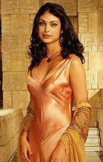 Gotham Actress Morena Baccarin 001