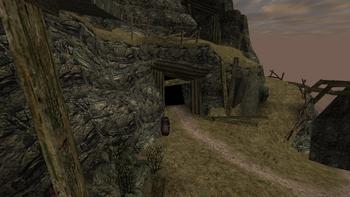 Widok na opuszczoną kopalnię