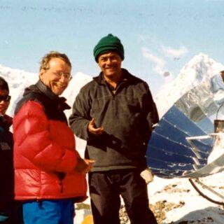 Kuchenka parabiliczna  na Everest Base Camp