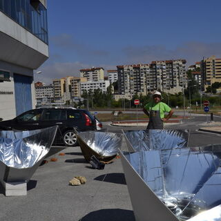 Pokazy kuchenek solarnych, Uniwersytet w Coimbra, Portugalia
