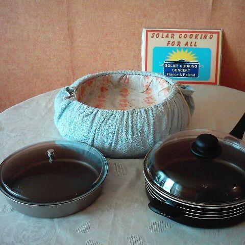 Elementy składowe: naczynie zewnętrzne, naczynie wewnętrzne i izolacja cieplna