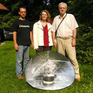 Kuchenka solarna UltraLightCooker Cone Plus własnej konstrukcji w Krasicach k/Częstochowy