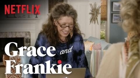 Grace and Frankie Season 2 - Bloopers Netflix