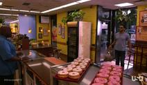 1x11-Donuts