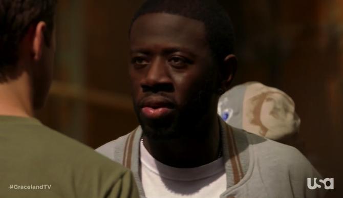 1x02-MikeEddie