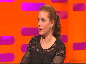 Amy Adams Graham Norton Show BZR3TNUxNT3l