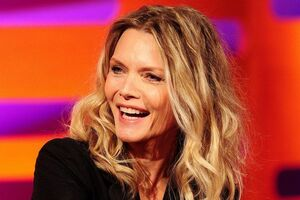 Michelle-Pfeiffer-MAIN-2530182