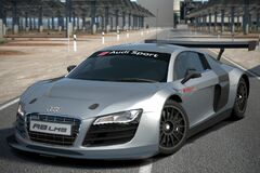 Audi R8 LMS Race Car '09