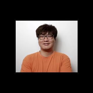 <center><b>Ho-Won Kong</b><br />Lead Server Programmer</center>
