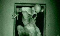 Grave-Encounters-2-9-008