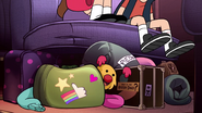S2e20 dipper and mabel's bags